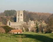 Fountains Abbey - Photo John Sparshatt