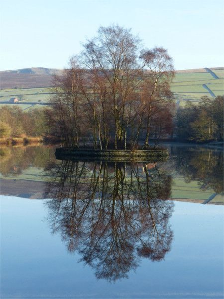 Birch Vale Reservoir © Dave Dunford New Mills WaW