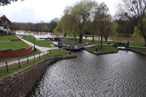Stourport - canal meets river