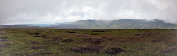 Kinder's Northern Edge from Glead Hill