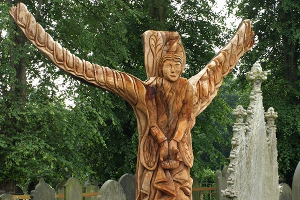 Calverley Angel © Douglas Louis