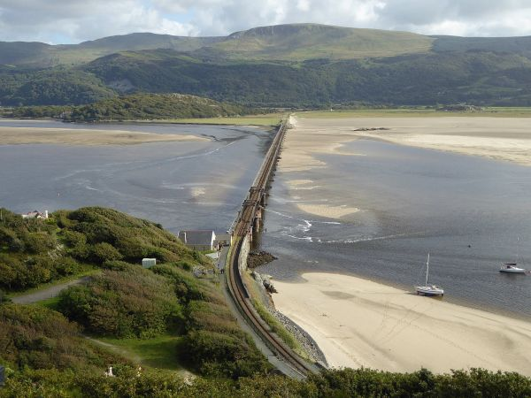Afon Mawddach Estuary Bridge Crossing