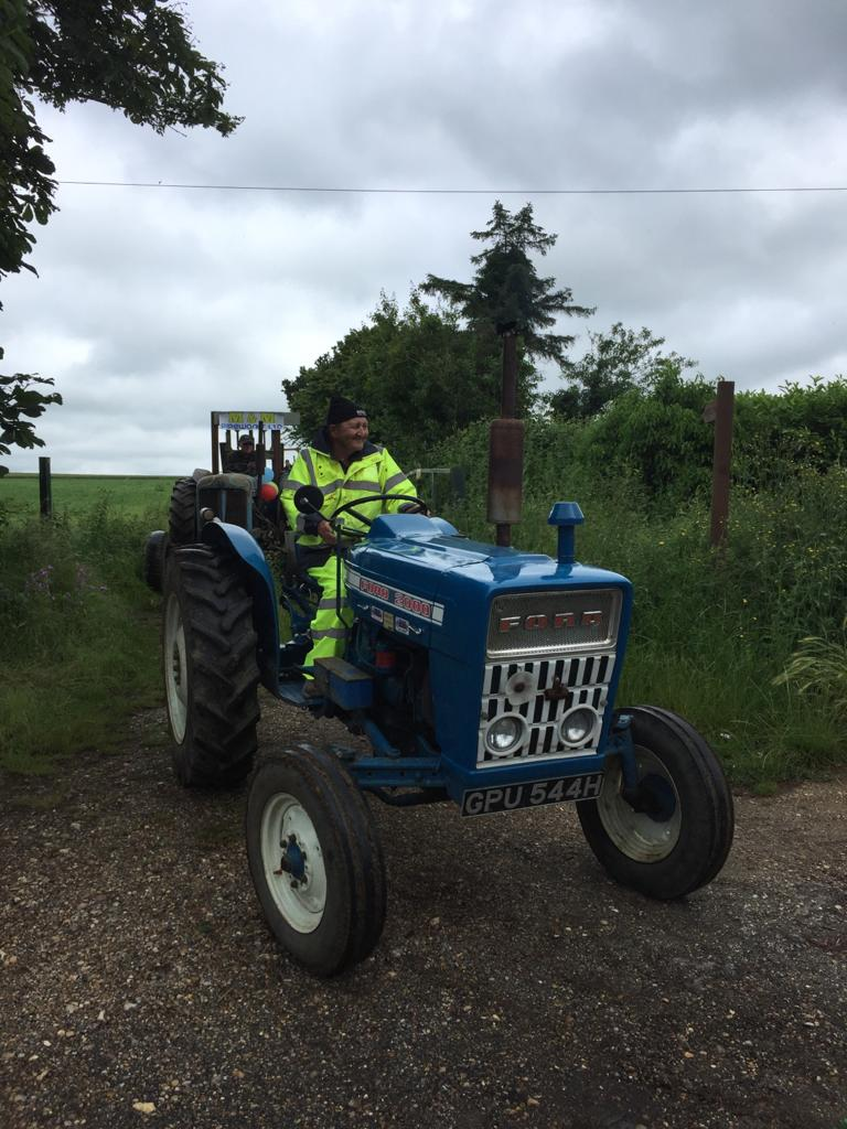 e and h tractor terling