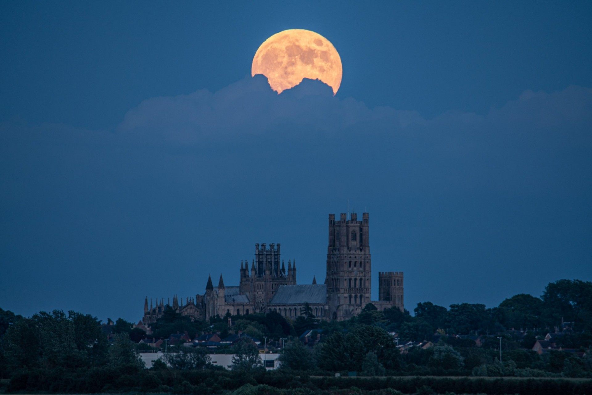 strawberry moon over ely