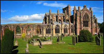 4.MELROSE ABBEY