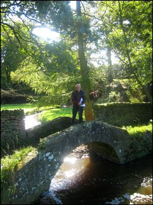 01. DAY 1. BARRIE ON CHURCHGOERS' BRIDGE, ADDINGHAM