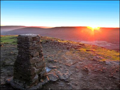 28. SUNRISE ON PENYGHENT
