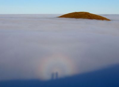 04.BROCKEN SPECTRE ON GRAY CRAG