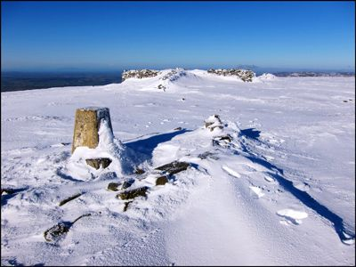 10. CROSS FELL SUMMIT
