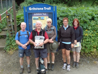 Start of the Gritstone Trail