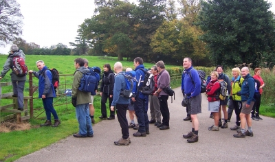 Queue for the stile
