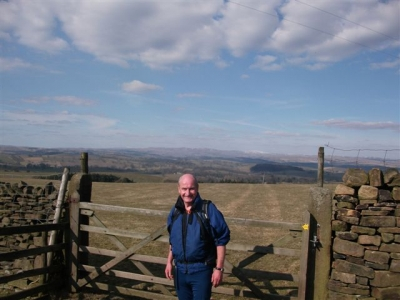 Bill with gate and view