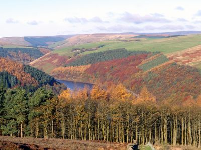 06 Ladybower Reservoir from Win Hill