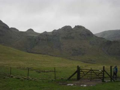 Approaching Attermire Scar