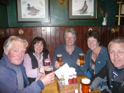 sam mags jean sue kev in pub